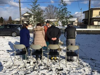 雪の日の地鎮祭