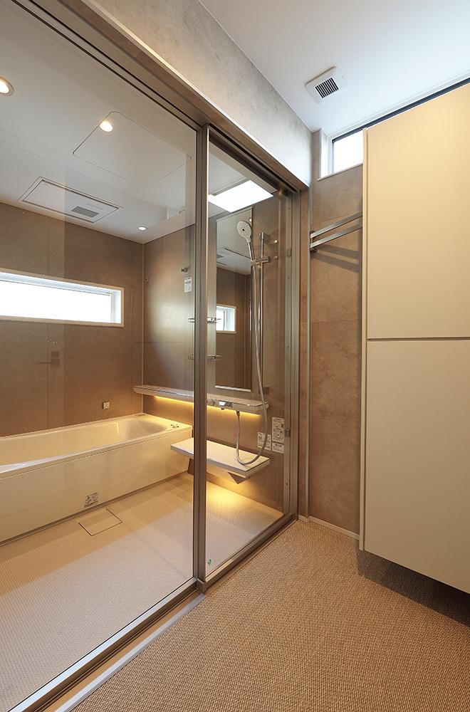 浴室+脱衣室